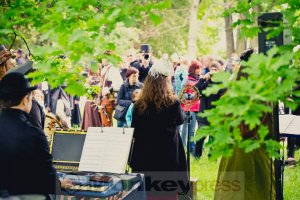 05-14-Steampunk-Picknick-No5-WGT-Monkey Press Danny Sotzny-09