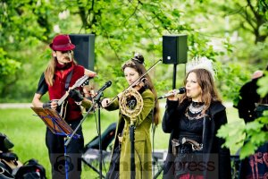 05-14-Steampunk-Picknick-No5-WGT-Monkey Press Danny Sotzny-14