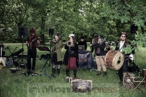 05-14-Steampunk-Picknick-No5-WGT-Monkey Press Danny Sotzny-15