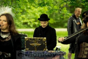 05-14-Steampunk-Picknick-No5-WGT-Monkey Press Danny Sotzny-16