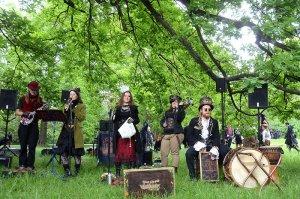 2016-05-14-Steampunk-Picknick-No5-WGT-LVZ-Leipziger-Volkszeitung-01