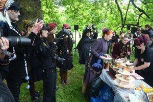 2016-05-14-Steampunk-Picknick-No5-WGT-LVZ-Leipziger-Volkszeitung-19