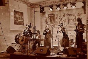 2017-07-Mit Zahnrad & Zylinder 1-Jens Witschel-04